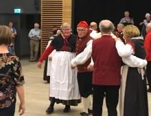 концерт местного национального ансамбля в честь бобрового симпозиума (2)